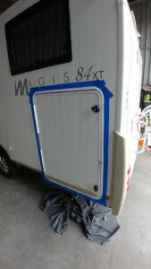 wymiana drzwi do garażu